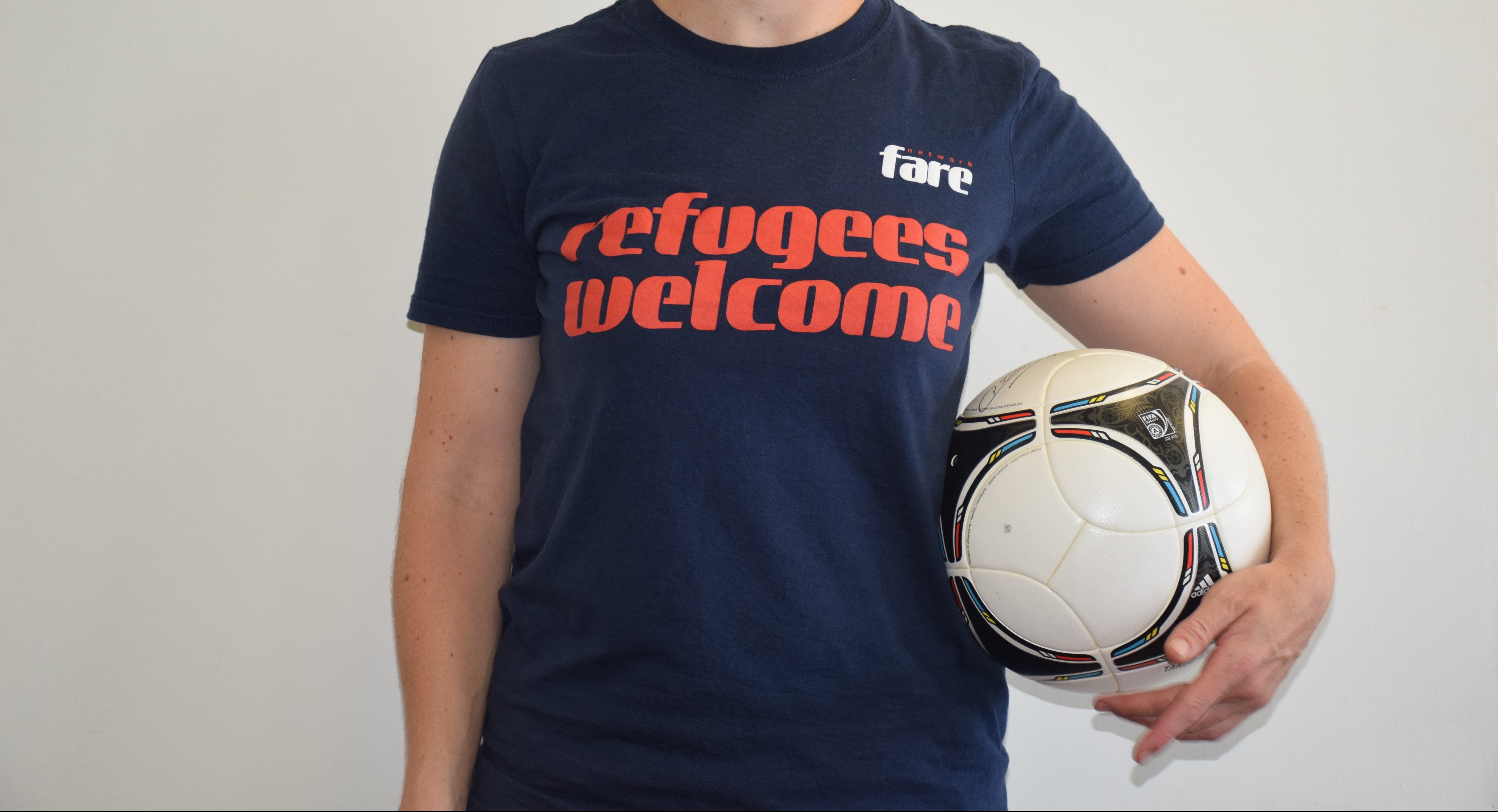 Refugees Welcome T-shirt 1